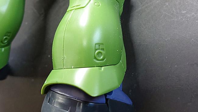 HGオリジン版 旧ザク 脚部スラスターのモールド