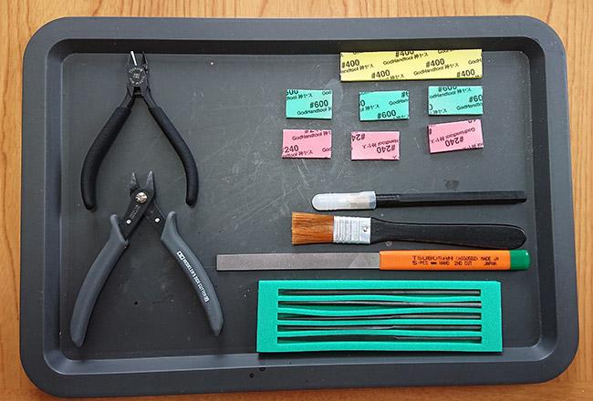 組み立てに使用する工具たち