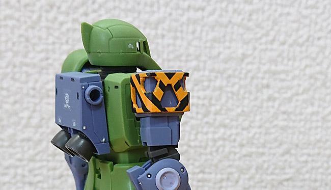 HGオリジン版 旧ザク 肩のマスキング