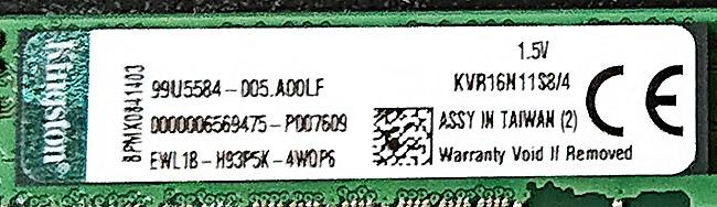 Kingston「KVR16N11S8/4」と表記されている