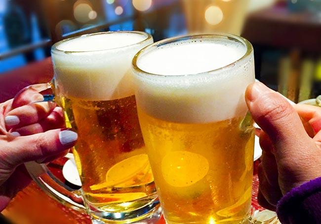 「とりあえずビール!」的にも飲めそう(写真AC様より)