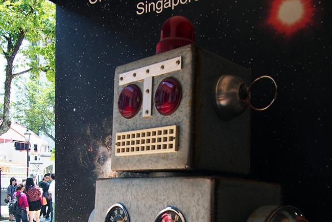 レトロなロボット(写真ac様より)