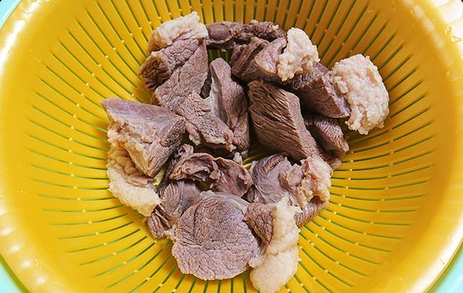 イノシシ肉を洗ってみた