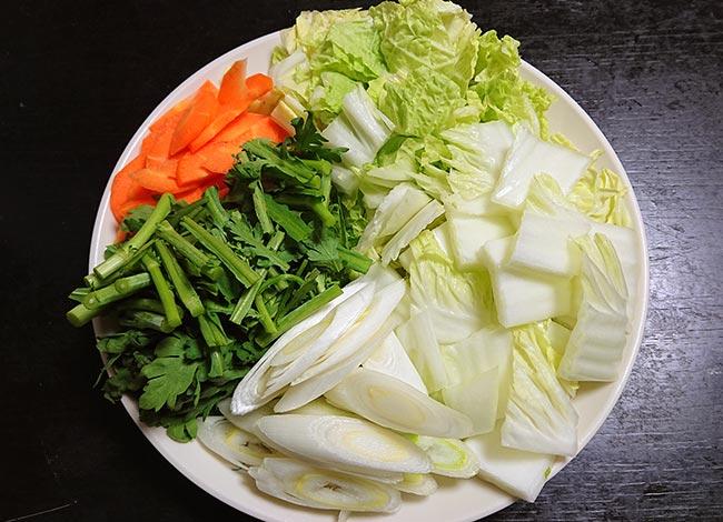 野菜類 白菜 春菊 長ネギ ニンジン